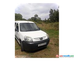 Peugeot Parnert 2005