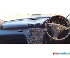 Mercedes-benz C 220 2004