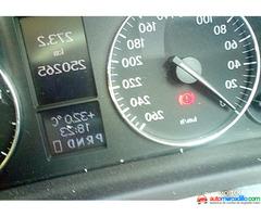 Mercedes-benz 220 2005