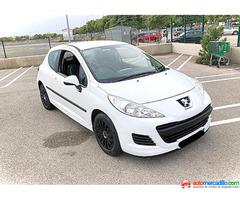 Peugeot 207 1.4 Gasolina 79. 000km 1.4 2010