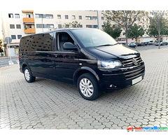Volkswagen Caravelle Transporter 2013
