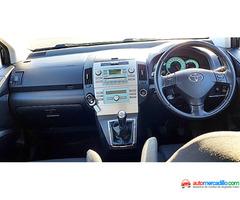 Toyota Corola Verso 2005
