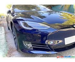 Tesla P85 Performance 2014