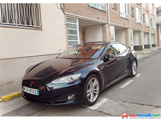 Tesla P85 Performance 2014
