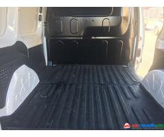 Mercedes Citan 109 CDI puerta lateral