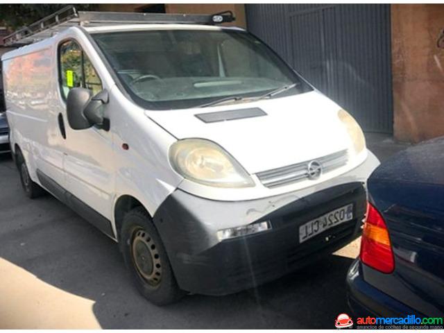 Opel Vivaro 2003
