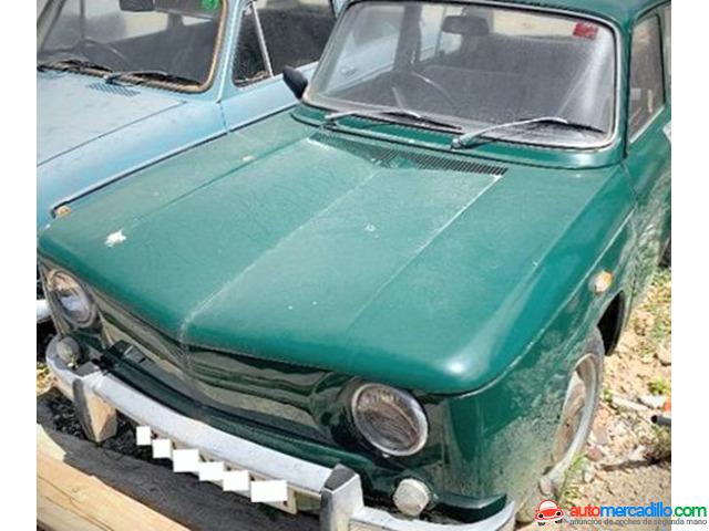 Renault Joya Clasica Coche Antiguo 1971