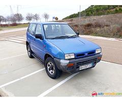 Nissan TERRANOII 2.7TD 124000KLM 2.7 TD del 1996