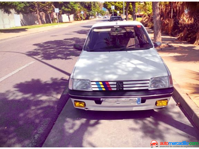 Peugeot 205 1992