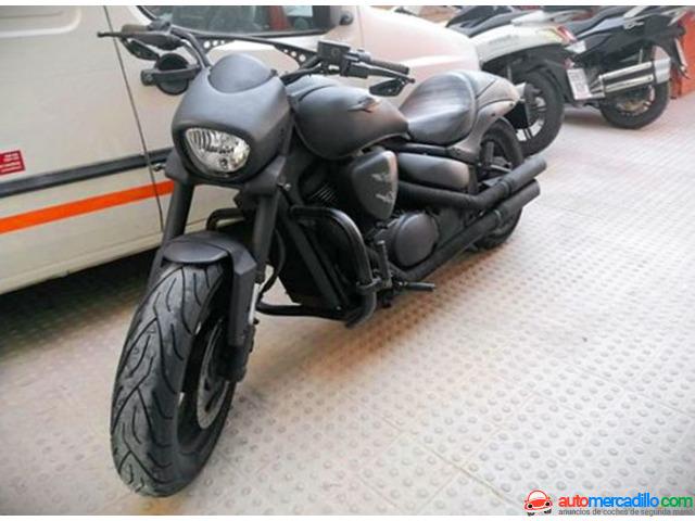 Suzuki M800 2010