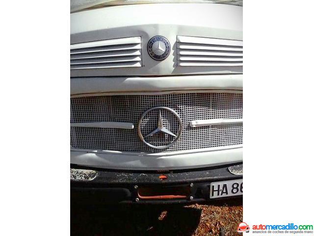 Mercedes 710 1969