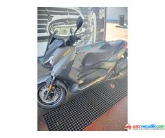 Yamaha X Max 125 Montada En 400 2016
