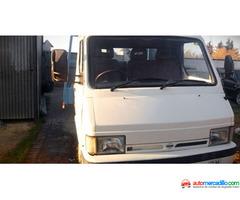 Nissan Trade 2.0 3.0 1997