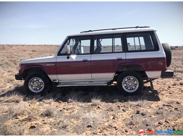 Mitsubishi Montero 1990
