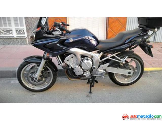 Yamaha Fzs 2004