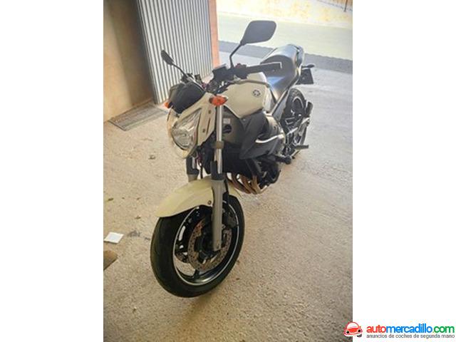 Yamaha Xj6   2011