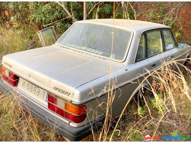Volvo 240 DiÉsel Acepto Cambios   1984