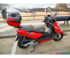 Piaggio Evo X7 300   2010