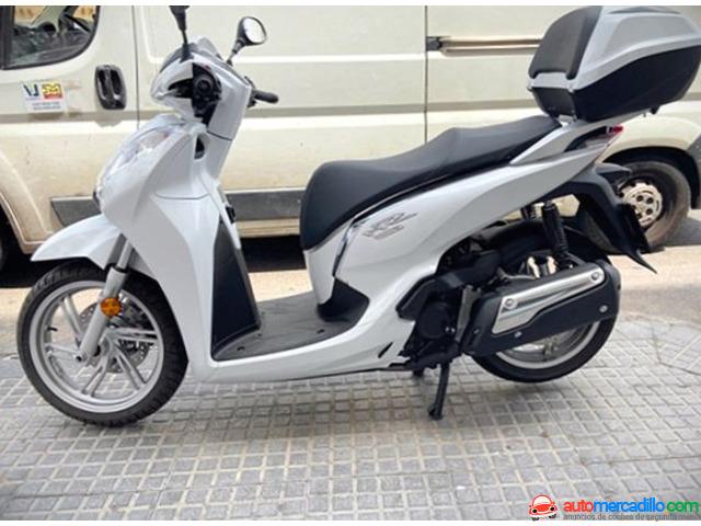 Honda Sh 300 Abs Top Box   2021