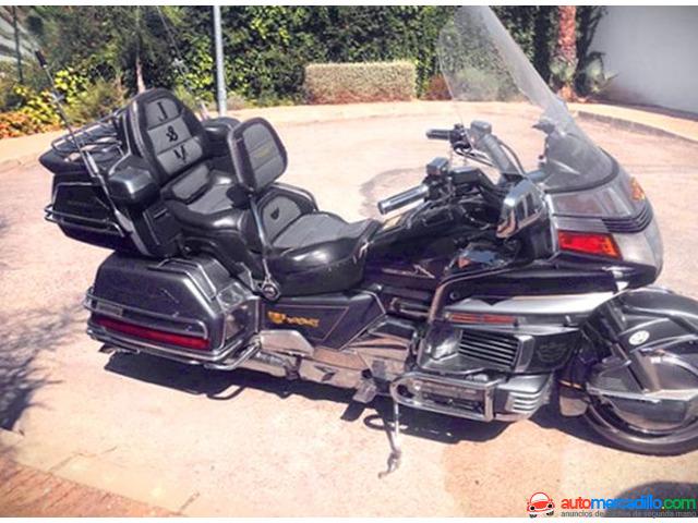 Honda Goldwing   1988