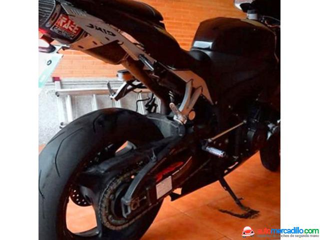 Honda Cbr600 Rr   2008